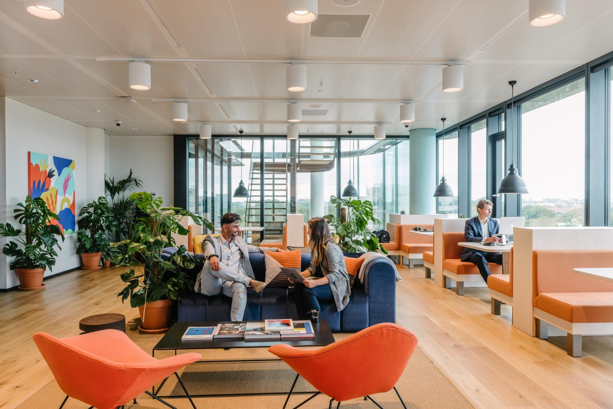 Office for 31 pers. in WeWork Hotel Europejski