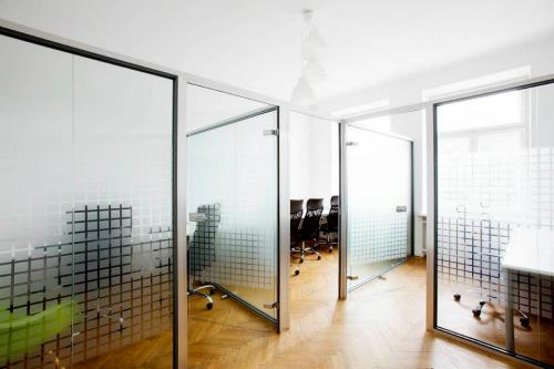 Office - Art Cluster - Coworking Space - Warsaw