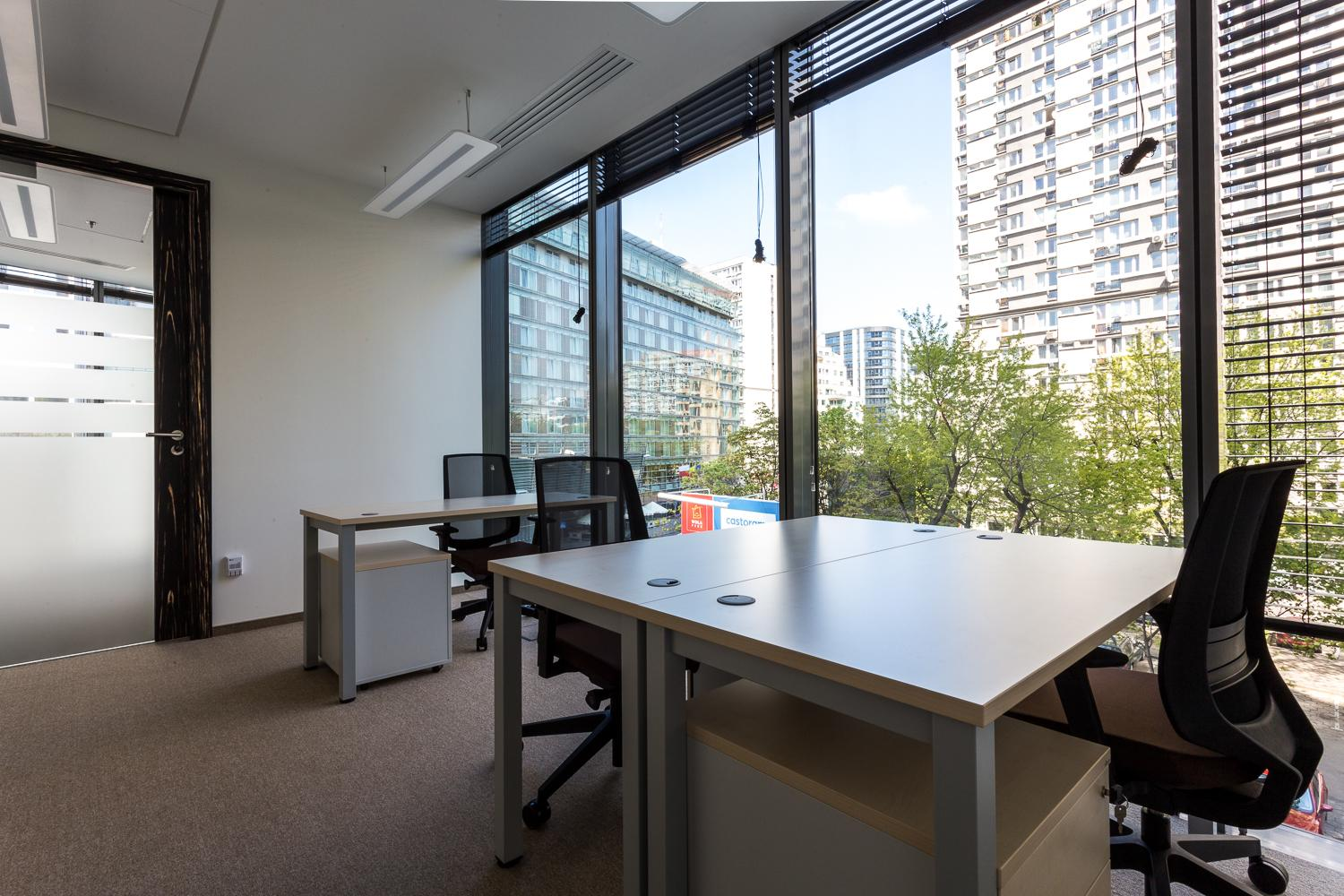 Office - OmniOffice Q22 - Fully Serviced Office - Warszawa