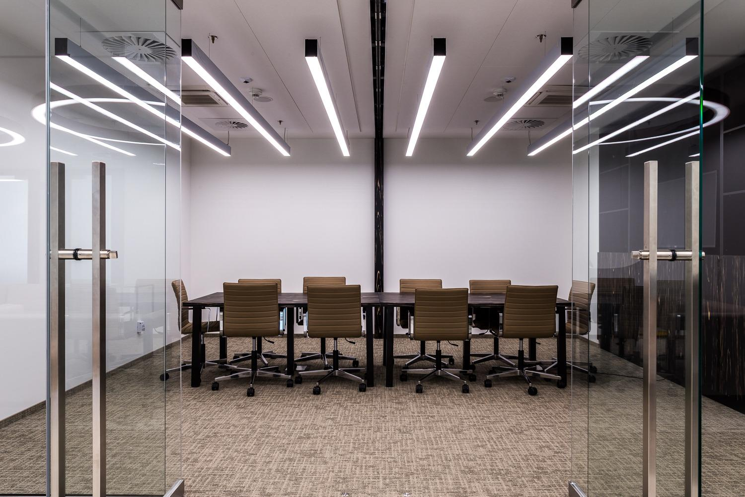 Conference Room - OmniOffice Q22 - Fully Serviced Office - Warszawa