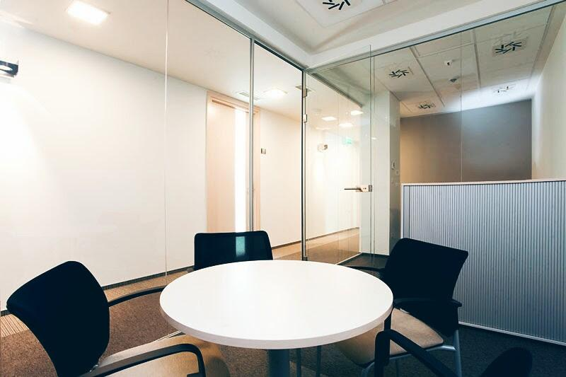 Conference Room - Omni Office Carpathia Office House - Fully Serviced Office - Warszawa