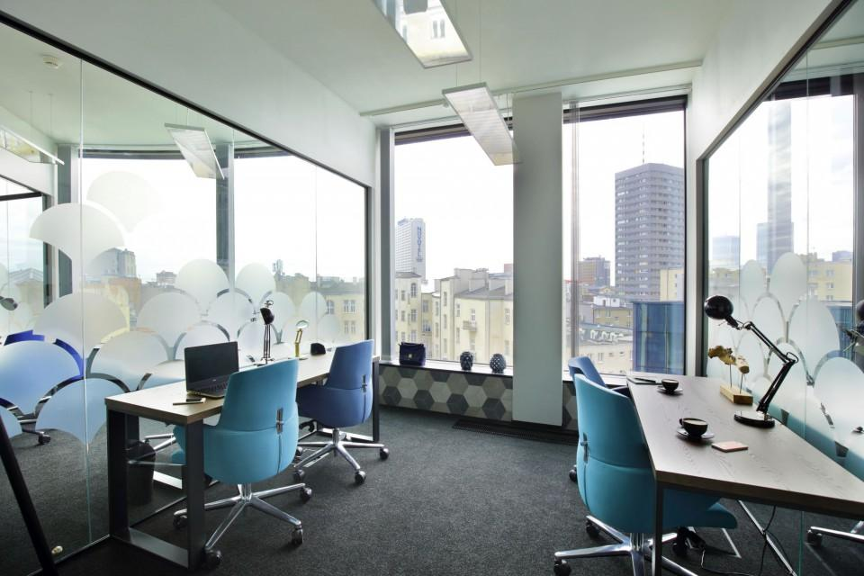 Office for 4 pers. in Business Link Astoria