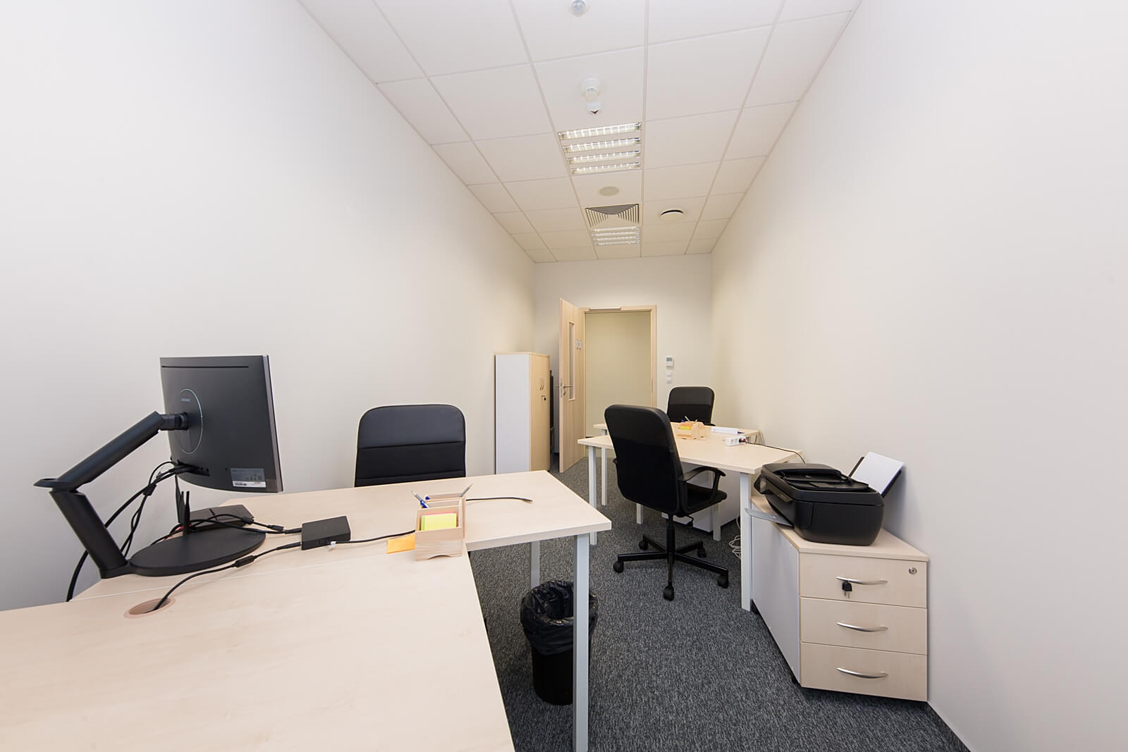 Office - OfficeHub West Station - Fully Serviced Office - Warszawa