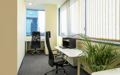 Coworking Desk - Warsaw Office Business Centre - Serviced Office - Warsaw