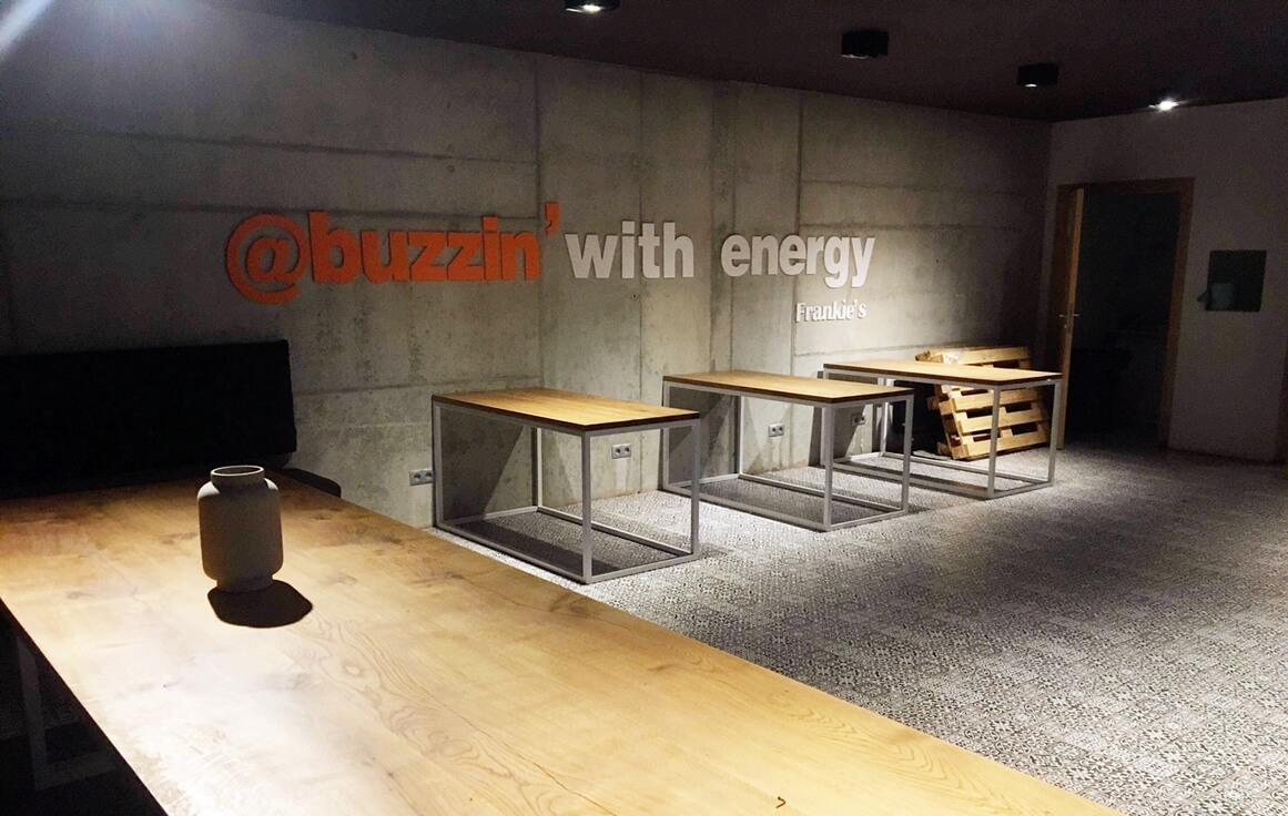 Conference Room - frankie's Coworking Space - Fully Serviced Office - Warszawa