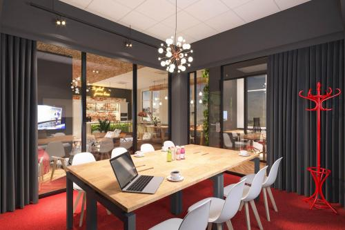 Conference Room - CoSpot office and coworking - Serviced Office - Łódź