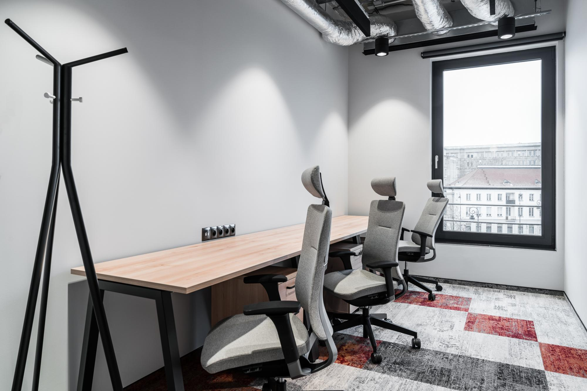 Office for 3 pers. in Solutions.rent Ethos