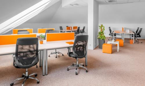 Coworking Desk - Galeria Klim - Fully Serviced Office - Warszawa