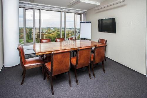 Conference Room - Business Link Zebra Tower - Coworking Space - Warsaw