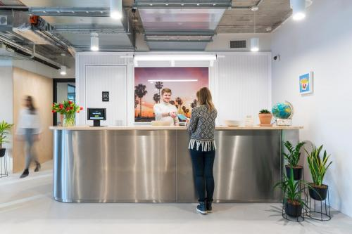 Office - WeWork Grzybowska 62 - Coworking Space - Warsaw